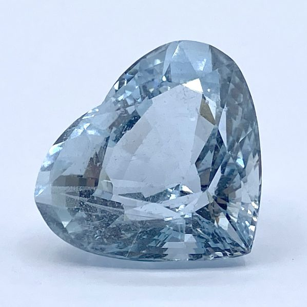 Large-Aquamarine-non-treated-certified